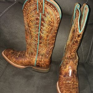 Ariat women boots